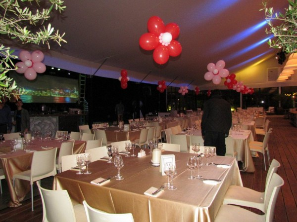 עיצוב אולם חתונה בבלונים