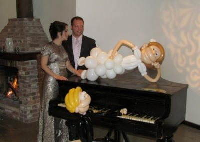 balloon-for-wedding-bride-groom-2