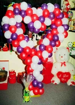 ofer-flowers-balloon-gift-2